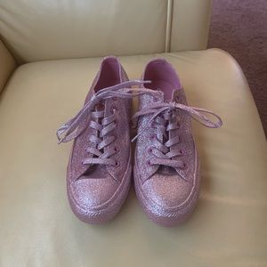 NWOB Converse Pink Glitter Sneakers Size 8